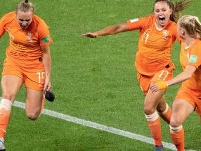 Rennes - Das Viertelfinale der Fußball-Weltmeisterschaft der Frauen in Frankreich ist komplett.