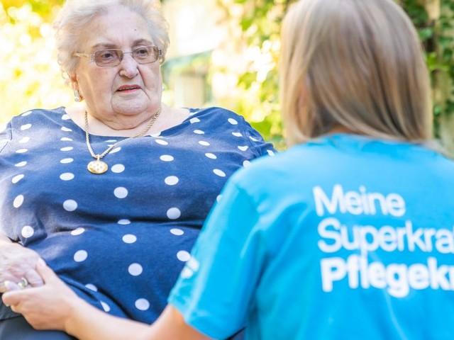 """""""Die Zeit drängt"""": Caritas macht Druck in Sachen Pflegereform"""