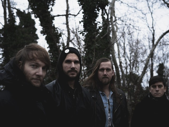 Stoner-Doom-Newcomer Neànder streamen Debütalbum