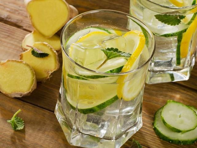 Schlankwasser-Diät: 3 Kilo in 3 Tagen - mit diesem Trick soll's klappen!