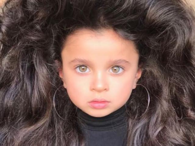 Fünfjährige Soll Schönsten Haare Der Welt Haben Mutter Erntet
