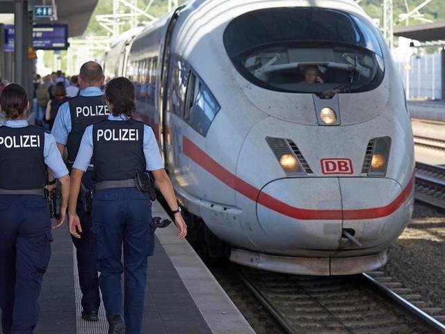 ICE von Frankfurt nach Köln geräumt, Strecke stundenlang gesperrt