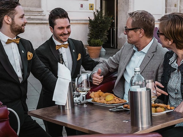 """""""Riding Dinner"""" in Wien: Diese Kutschfahrt schmeckt auch gut"""