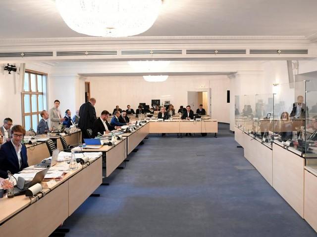 Leak im U-Ausschuss? SPÖ und Neos schießen sich auf Türkis ein