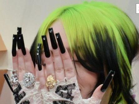 """Billie Eilish auf dem Cover der """"Vogue"""" – so kannte man den Popstar noch gar nicht"""