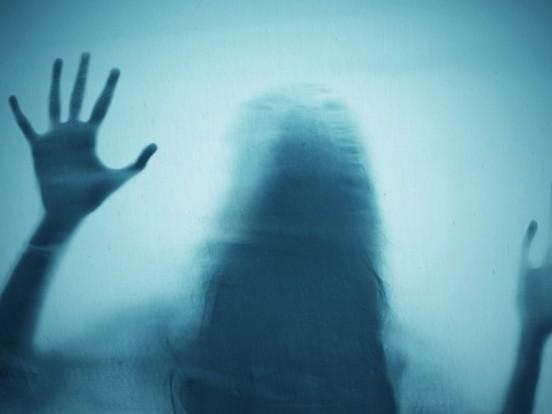 Paranormale Aktivität in New York: Grusel-Clip auf TikTok? Frau sieht Geist bei Wohnungsbesichtigung