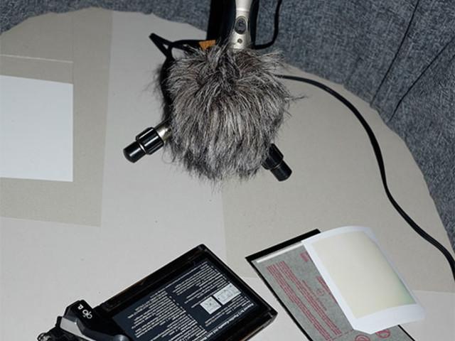 »For Sale« Geräusche fotografischer Apparate Teil 4: Polaroid Kassette 545