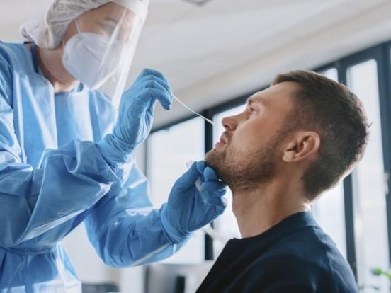 Corona-Zahlen in Chemnitz aktuell: Steigende Neuinfektionen, 16 freie Intensivbetten