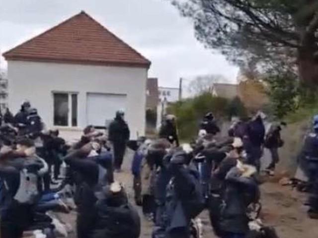 148 Schüler festgesetzt: Frankreich diskutiert über diese verstörenden Bilder