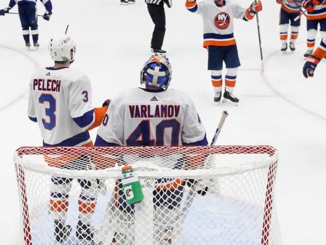 Islanders besiegen Tampa zum NHL-Halbfinal-Auftakt 3:1