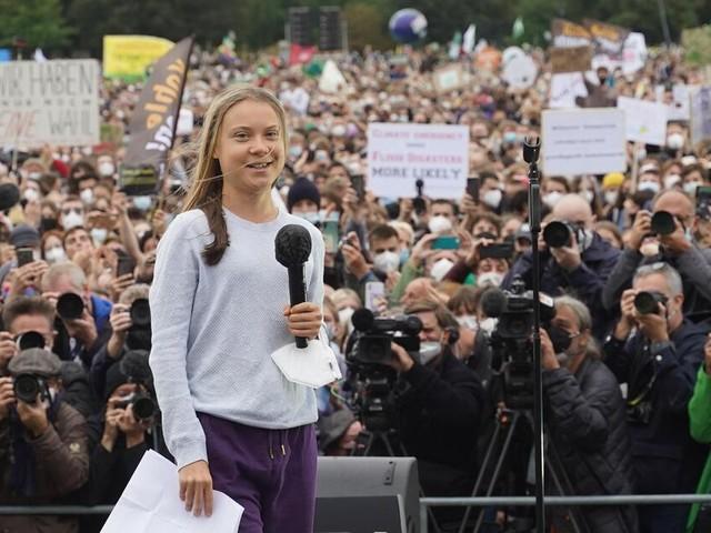 """Thunberg bei Klimademo in Berlin: """"Wir sind keine Lobbyisten für die Grünen"""""""