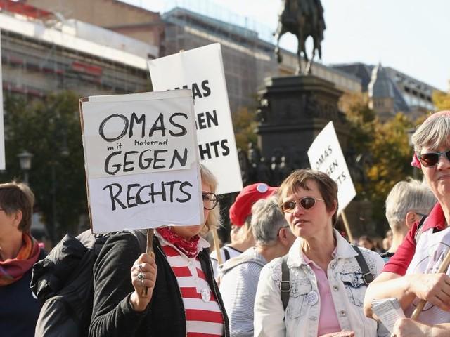 """""""Omas gegen rechts"""" laut Verfassungsschutz in OÖ linksradikal"""