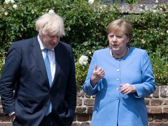 Halbfinale und Finale bei der EM 2021: Angela Merkel besorgt wegen vieler Fans in London