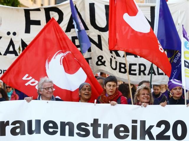 Kampf für Gleichberechtigung: Schweizer Frauen verweigern Arbeit