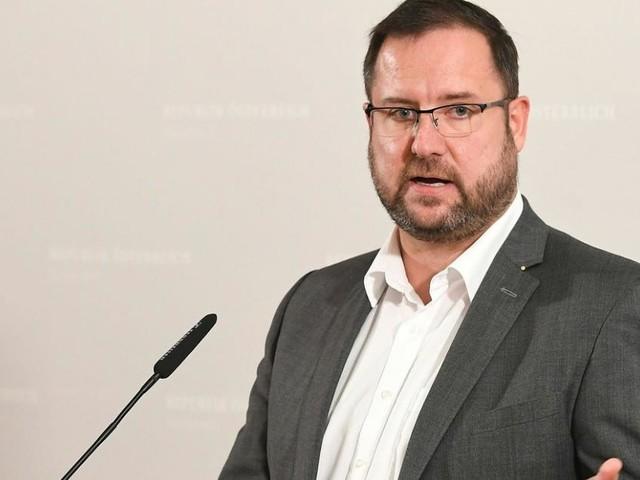 """Hafenecker kritisiert: ÖVP will U-Ausschuss """"herunterdodeln"""""""