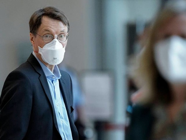 Lauterbach: Lockerung der Maskenpflicht möglich