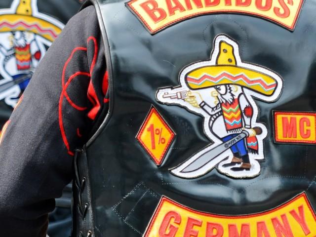 Hells Angels - Polizei jagt Rocker-Boss nach brutalem Mord - auf Instagram verhöhnt er CDU-Mann