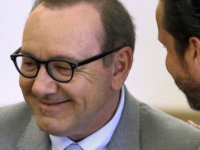 Sexuelle Nötigung: Strafverfahren gegen Kevin Spacey eingestellt