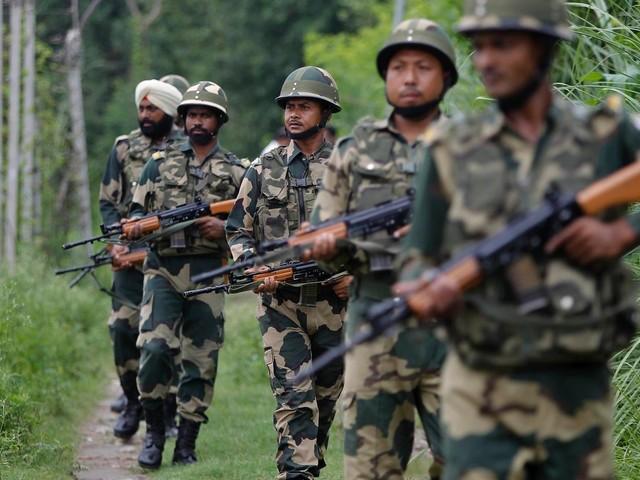 Konflikt zwischen Indien und Pakistan: Schüsse in Kaschmir