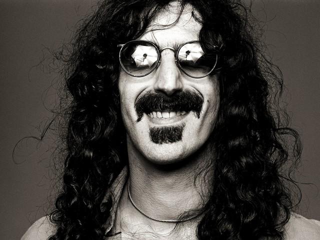Frank Zappa geht als Hologramm wieder auf Tournee