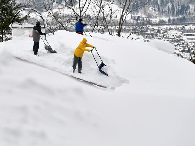 Winterwetter - Freiwillige: Feuerwehr fordert vom Bund Entschädigung für Firmen