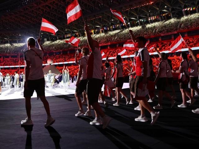 Emotionaler Einmarsch: Die Olympischen Spiele in Tokio sind eröffnet