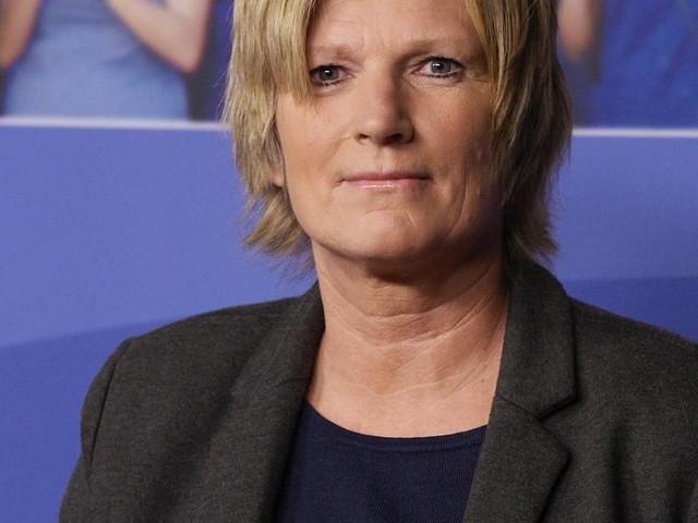 Sender wehrt sich: ZDF veröffentlicht Beleidigungen gegen Kommentatorin Claudia Neumann