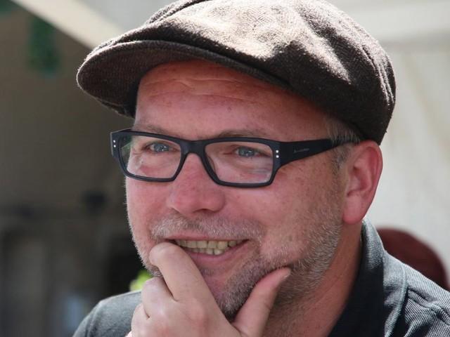 Thomas Stipsits mag Roy Black lieber als Hip-Hop