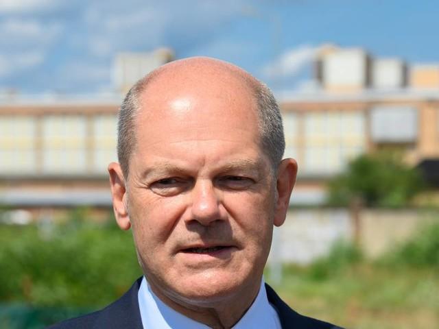 Testpflicht für Reiserückkehrer: Scholz verteidigt Pläne