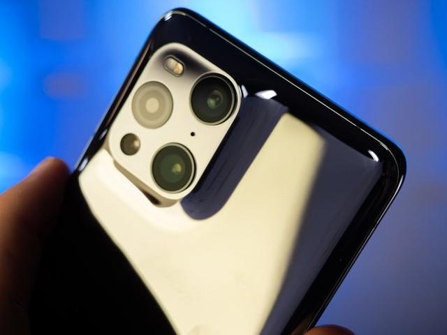 Oppo: Verrücktes Smartphone setzt auf Spiegel-Kamera