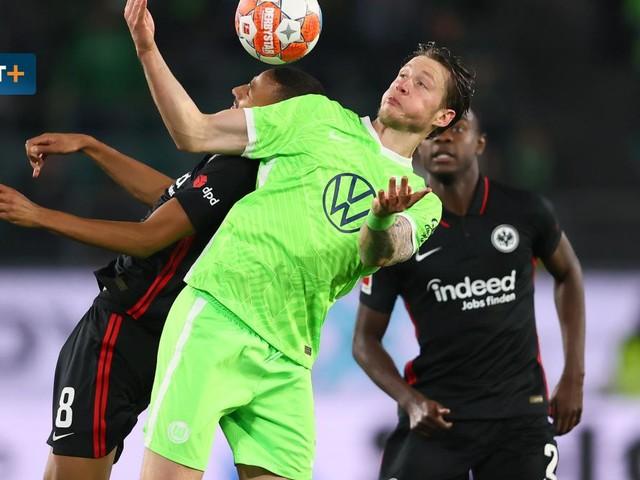 Weghorst verschießt Wolfsburgs Tabellenführung – Die Highlights im Video