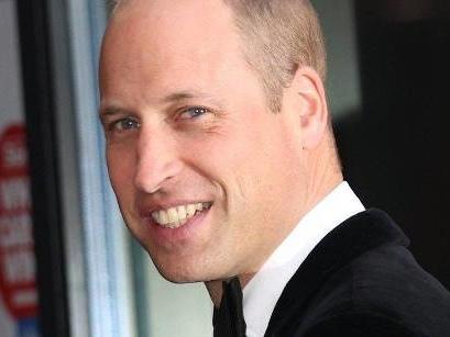 Prinz William feiert die Helden des Gesundheitswesens - und einen Esel