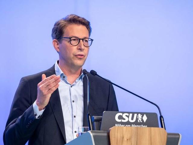 """Union umkrempeln? CSU-Generalsekretär fordert """"Erneuerung"""" bei Wahlniederlage"""