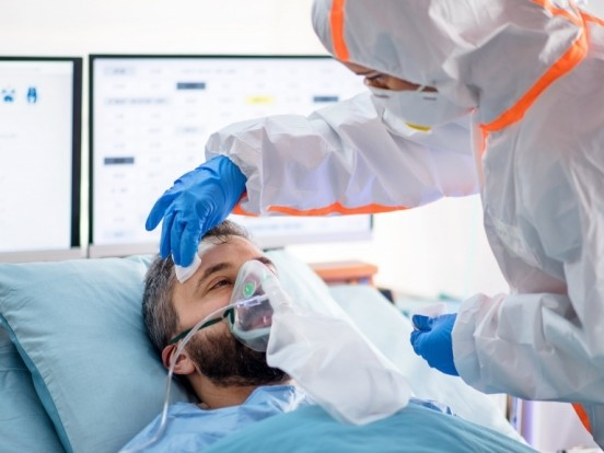 Corona-Zahlen in Chemnitz aktuell: Steigende Neuinfektionen, 28 freie Intensivbetten