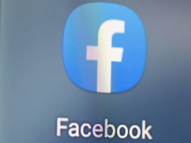 """Facebook löscht 150 """"Querdenken""""-Kanäle - """"schädliches Netzwerk"""""""