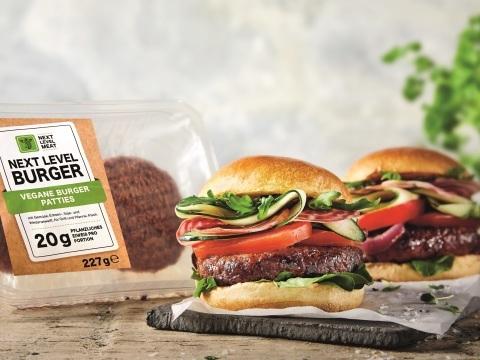 Mit Hype-Burger zum Kampfpreis: Lidl greift Konkurrenten Aldi frontal an