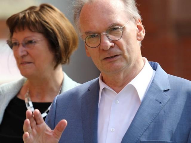 Landtagswahl in Sachsen-Anhalt: CDU und AfD kämpfen um Sieg