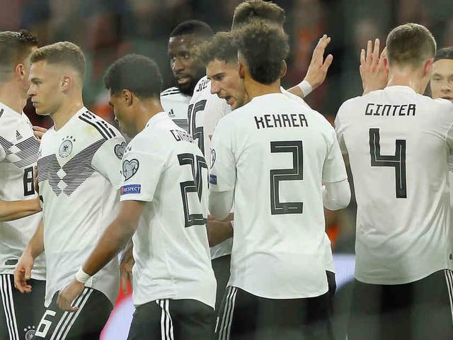 DFB-Team nach dem Niederlande-Spiel: Ein neues Team, ein paar alte Probleme