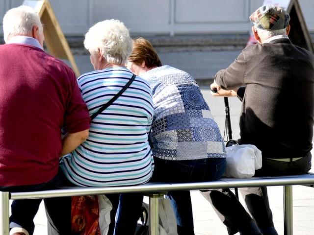 Alle Oppositionsparteien kritisieren Pensionserhöhung