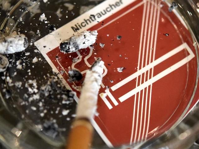 VfGH hebt Raucherlaubnis in Lokalen nicht auf