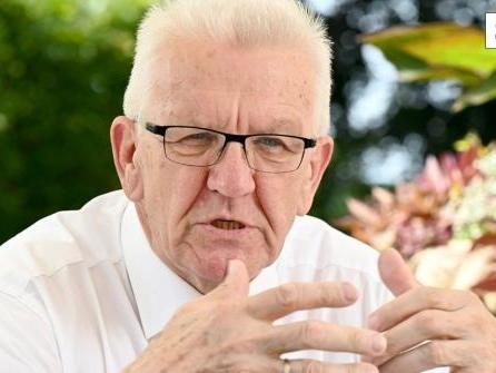 Steigende Zahlen: Kretschmann schließt Impfpflicht nicht mehr aus