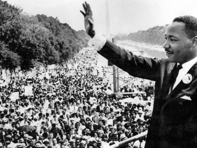 """""""Ein wahrhaft großer Mann"""": Brief von Rosa Parks über Martin Luther King steht zum Verkauf"""