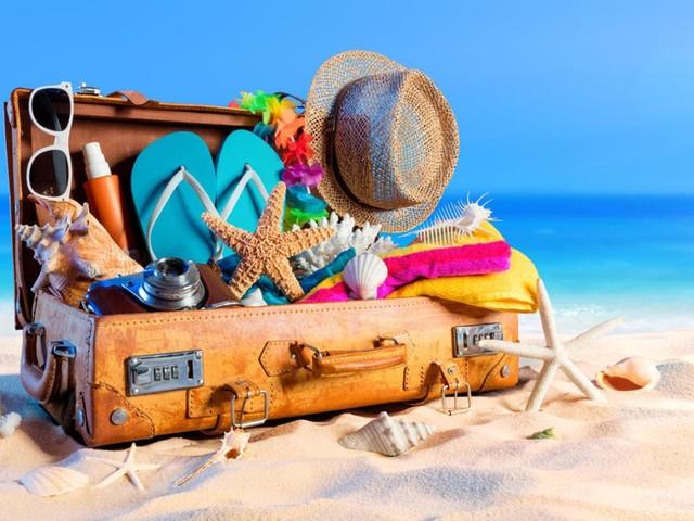 Koffer packen: Packliste für den Sommerurlaub: Das sollte in Ihrem Gepäck nicht fehlen!