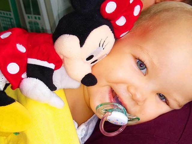An Blutkrebs erkrankt - Rennen gegen die Zeit: Kleine Leni (2) sucht ihren Lebensretter
