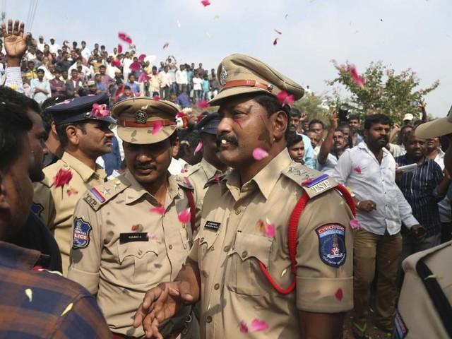 Nach Vergewaltigung: Indiens Polizei tötet Mordverdächtige - und bekommt Applaus