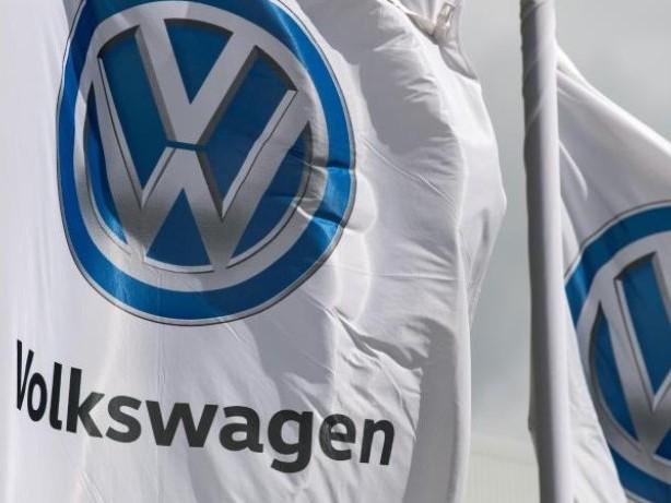 Auto: VW liefert im Juli weniger Fahrzeuge aus