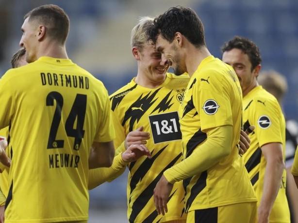 BVB: Live! 1:0! Mats Hummels drückt den Ball über die Linie