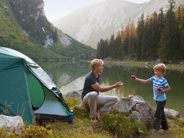 Unterwegs in der Natur: Wildcamping in Deutschland und Europa: Was ist erlaubt und was verboten?