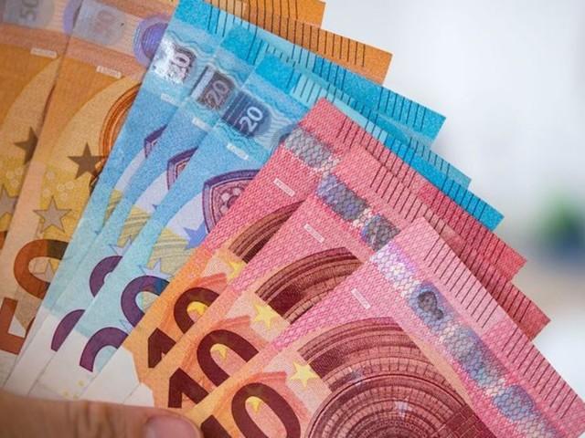 Studie aus den USA: Macht sehr viel Geld doch glücklicher?