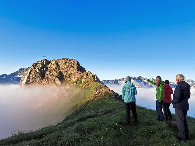 Kaiserjoch: Tiroler Höhenwanderung mit Übernachtung